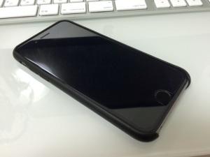 iPhone6 アップル純正レザーケース(スリープ状態)