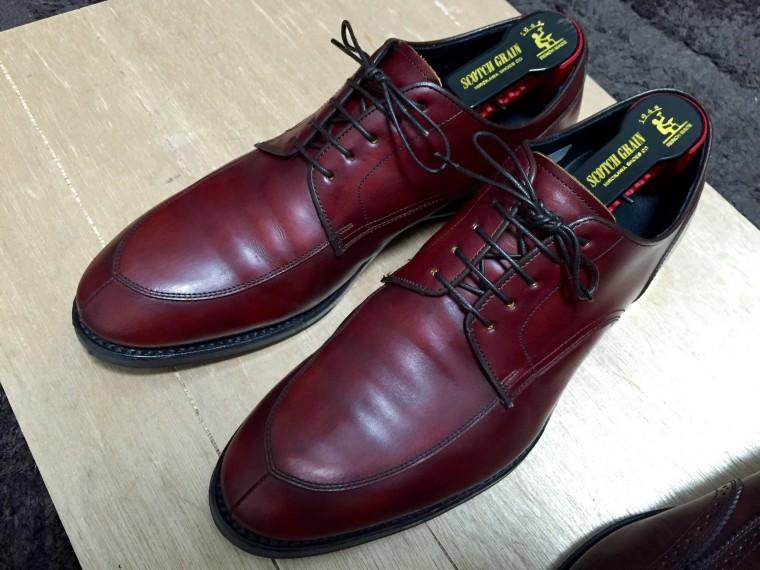 【靴磨き】リーガル06CR靴クリーム塗布2