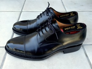 ジャランスリワヤ ストレートチップ(靴磨き後)3