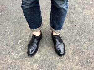 スコッチグレインUチップとジーンズ