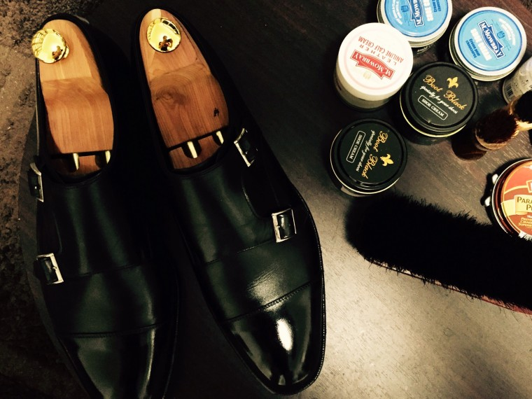 靴磨き作業台(シェットランドフォックス ダブルモンク&靴クリーム)