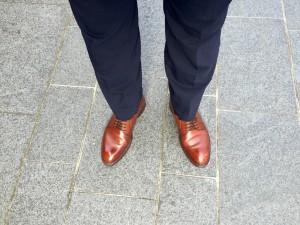 ジャランスリワヤ プレーントゥ(98651)茶×スーツ(ネイビー)