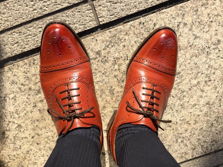 ロイドフットウェア 茶色のセミブローグの履き皺経過報告
