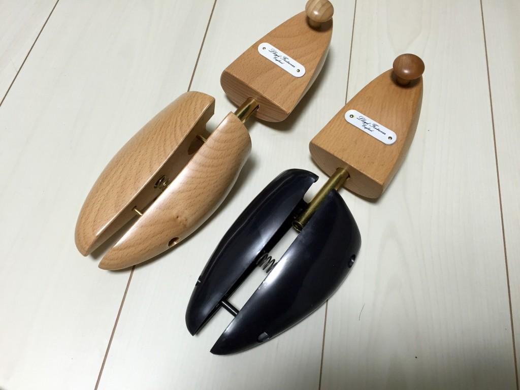ロイドフットウェア純正木製シューツリーとセールのシューツリー
