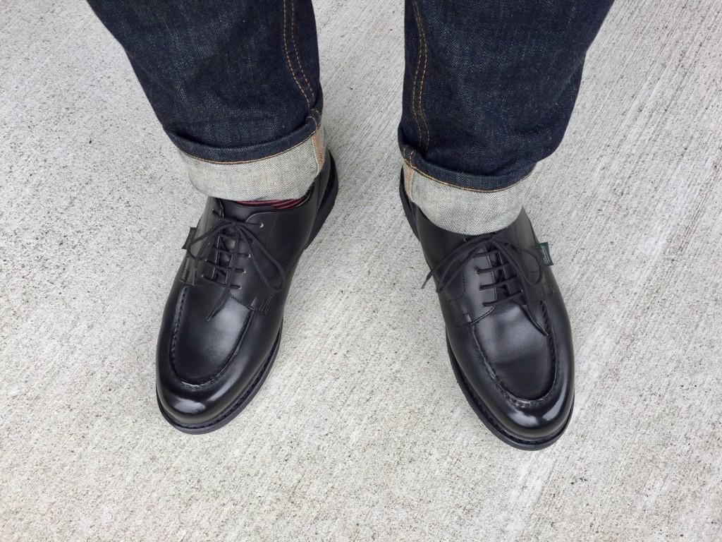 パラブーツ シャンボードの黒とジーンズのコーディネート_2