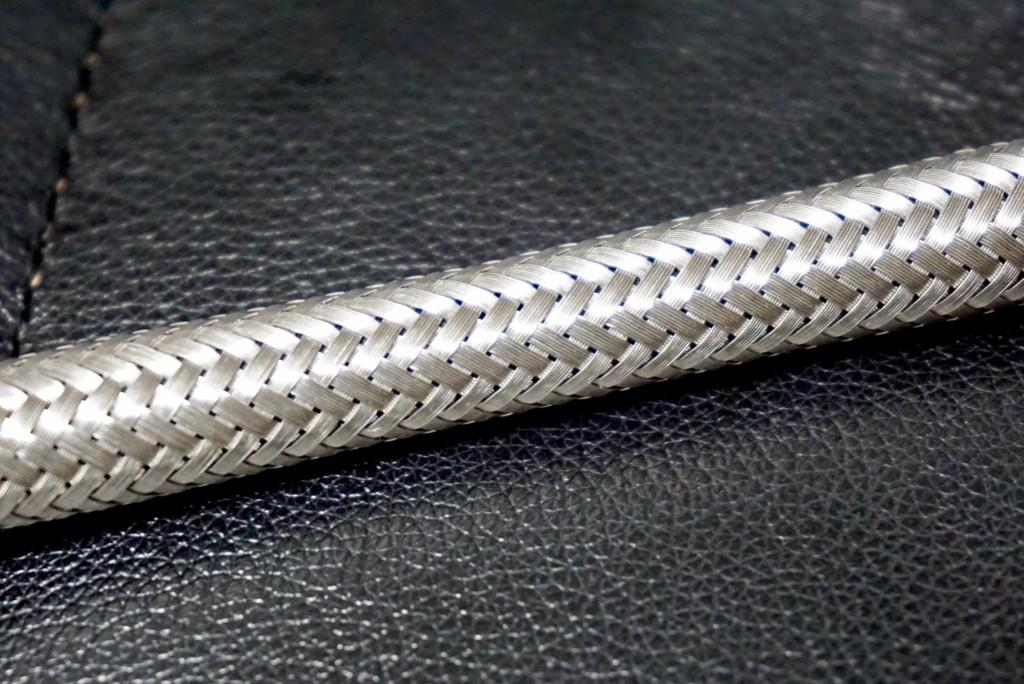 ポルシェデザイン P3310 テックフレックス ボールペン(ファーバーカステル製)_ステンレスワイヤー