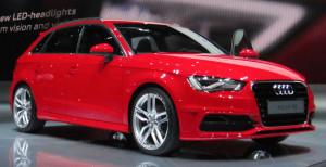 Audi_A3_Sportback_8V_(front_quarter)