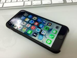 iPhone6 アップル純正レザーケース(表)