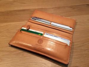 GANZO(ガンゾ)シンブライドル長財布6ヶ月経過(内装)