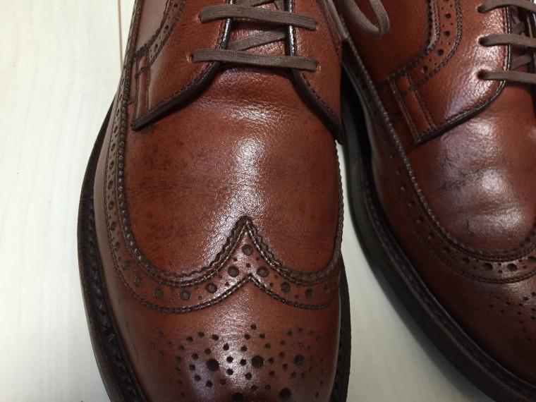 革靴丸洗い 靴クリーム塗布後のアッパーのシミ
