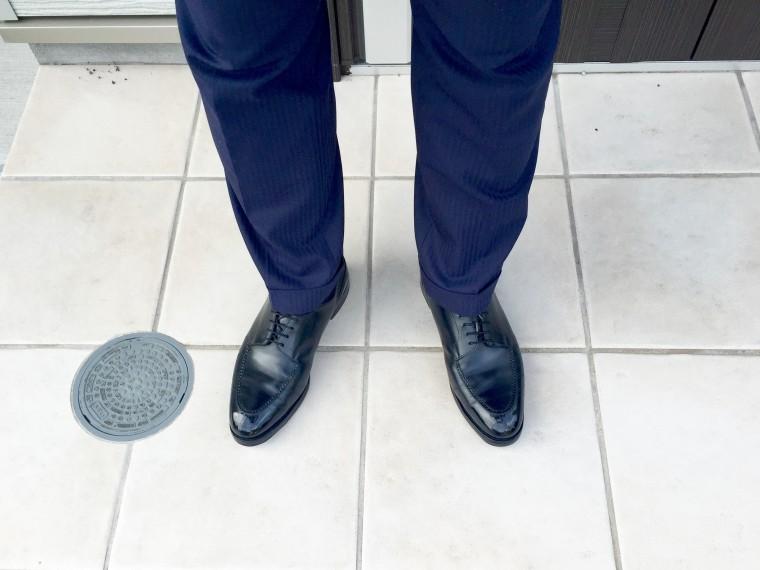 ロイドフットウェアUチップ(黒)&スーツ(ネイビー)