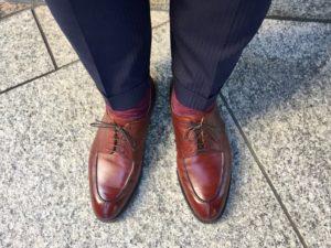 マスターロイド アマーシャムとスーツのコーディネート