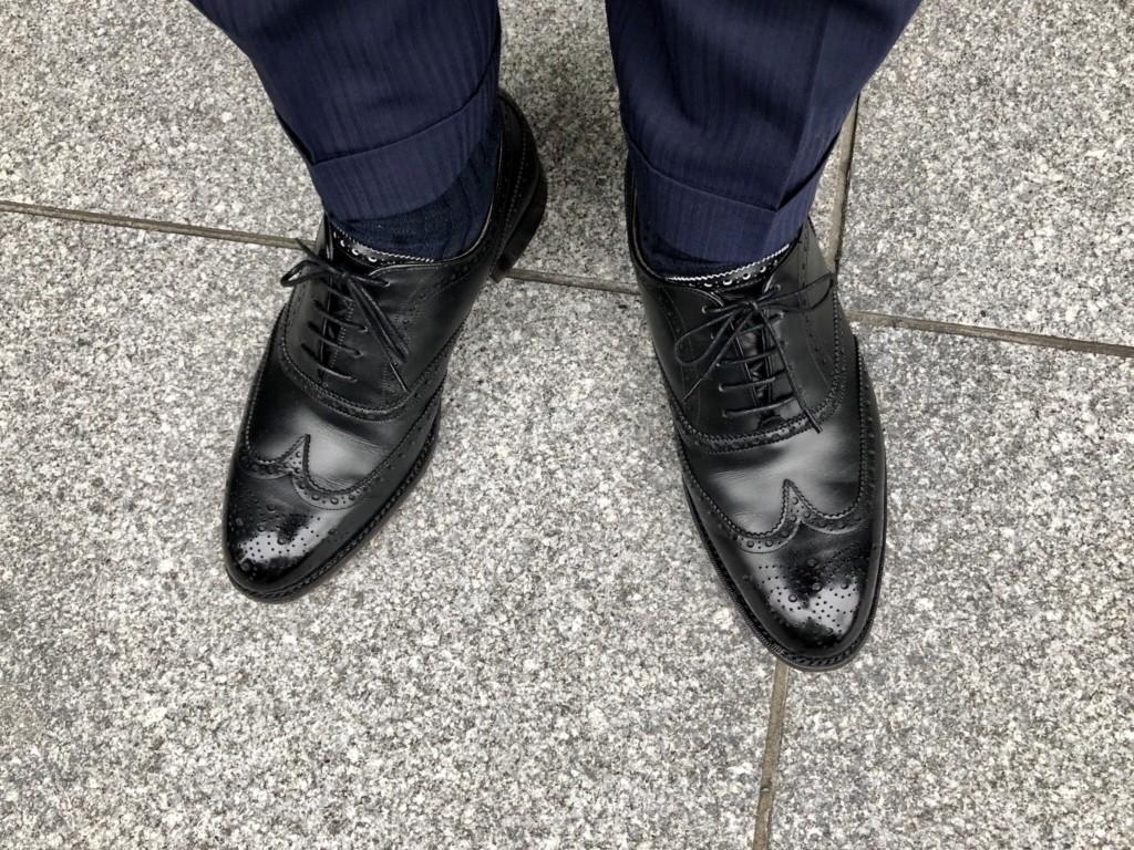 ロイドフットウェア Mシリーズのフルブローグの履き皺