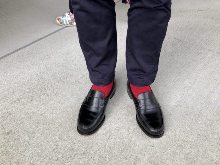 今週の靴〜赤の靴下ばっかり