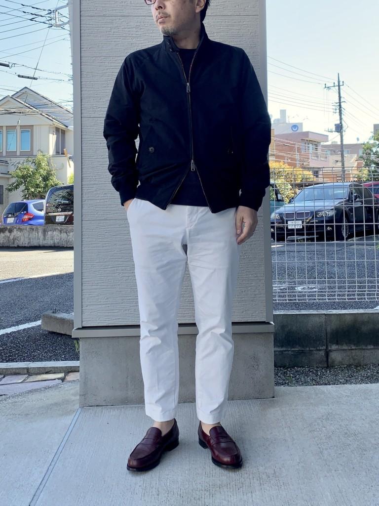 JMウエストン180ローファー(バーガンディ)×白チノパン×バラクータG9のコーデ画像