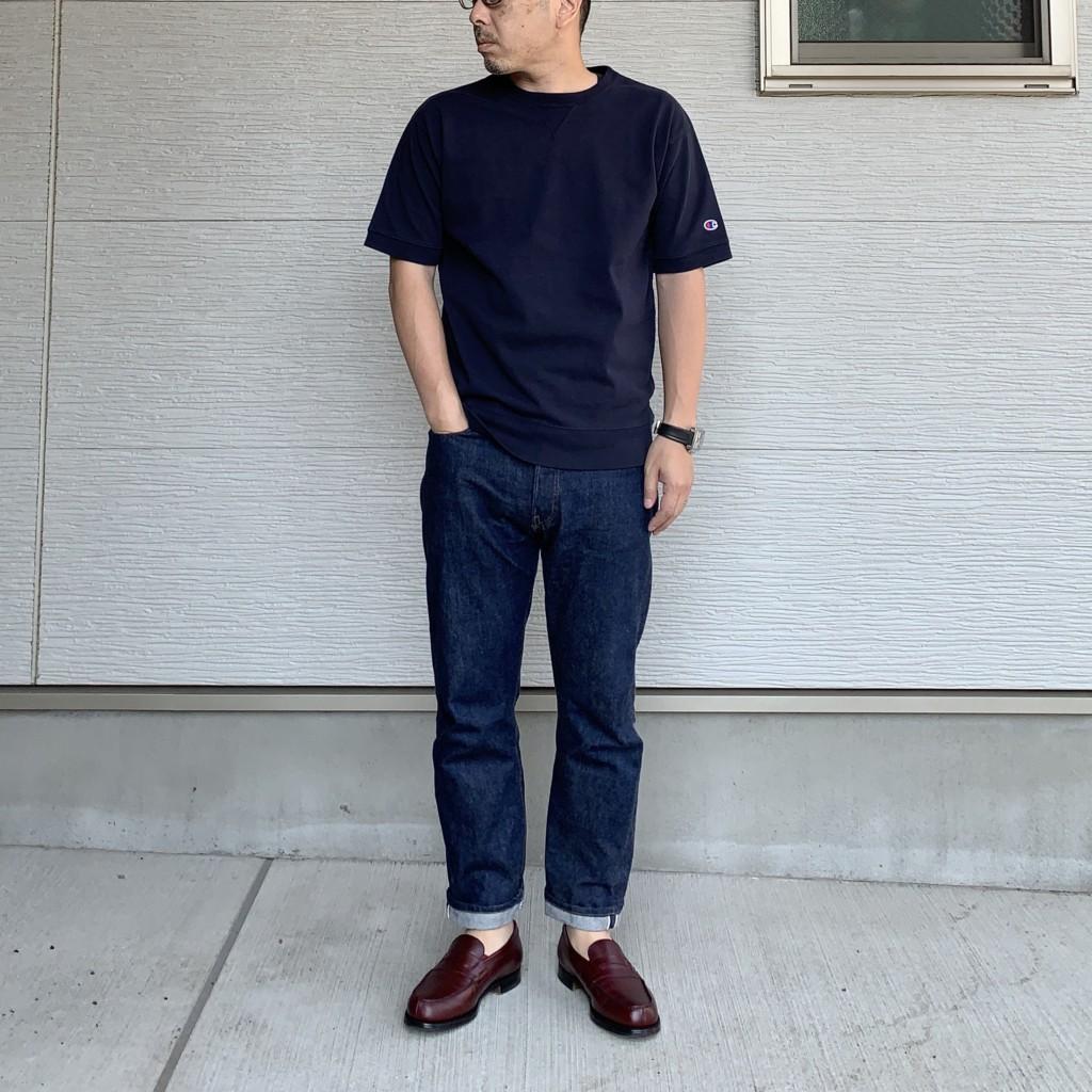 チャンピオン×SHIPSの「スウェット型Tシャツ」×リゾルト710のコーデ画像