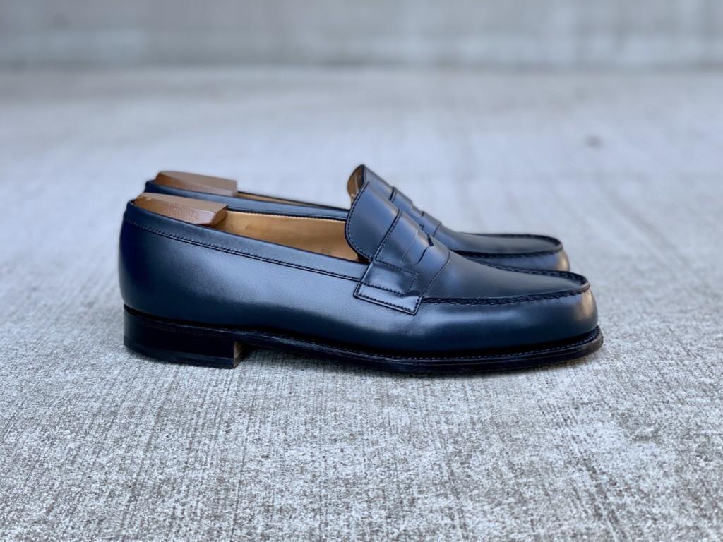 JMウエストン「180ローファー」ネイビーの靴磨きトップ画像