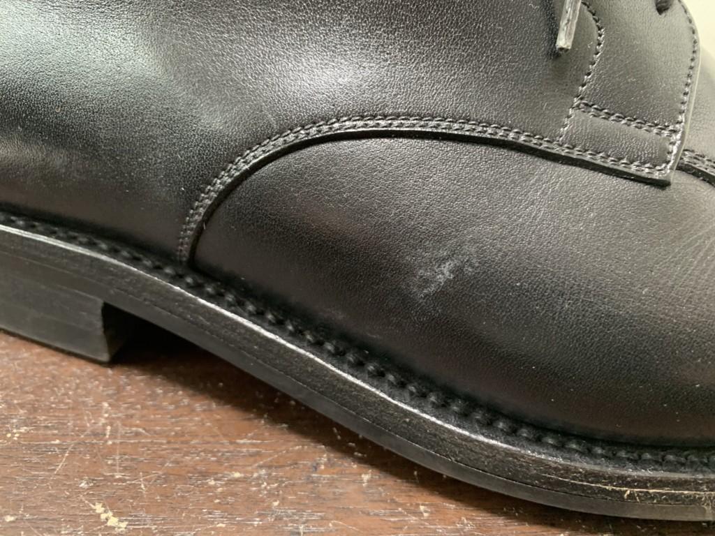 革靴の塩吹き(塩浮き)の画像