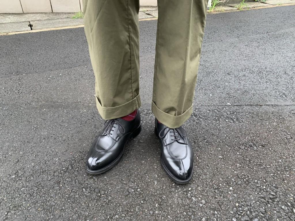 JMウエストン598×カーキワイドパンツのコーデ画像