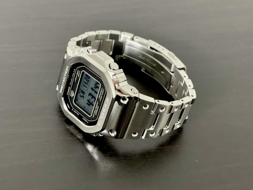 フルメタルのGショック「銀メタ(GMW-B5000)」はギンギラギンに、さりげない!【評価】