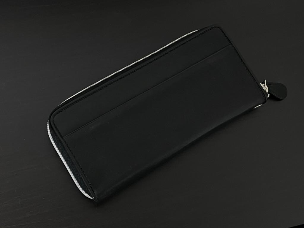 黒のGANZO(ガンゾ)GRラウンドファスナー長財布の裏の画像